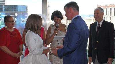 Baltimore mayor officiates at lobbyist wedding in Vegas