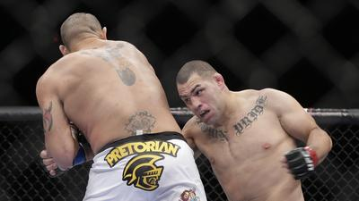 Cain Velasquez defends UFC title with quick victory over 'Bigfoot' Silva
