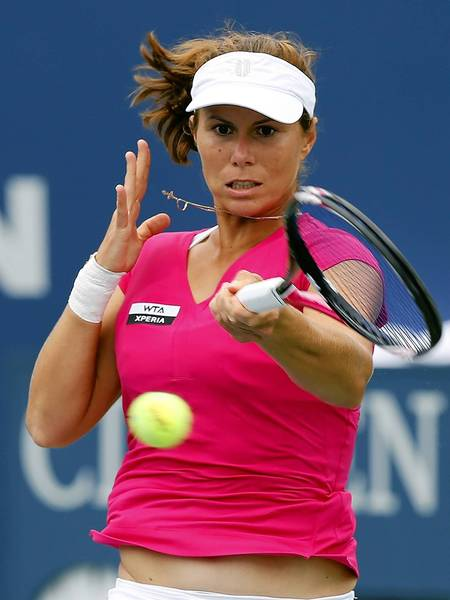 Varvara Lepchenko, a resident of Upper Macungie Township, advanced to the second round of the French Open, where she will play Elina Svitloina of the Ukraine.