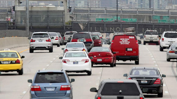 Traffic heads northbound on the Dan Ryan Expressway at Pershing Road in a 2012 file photo.