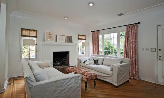 Kelly Rutherford's place