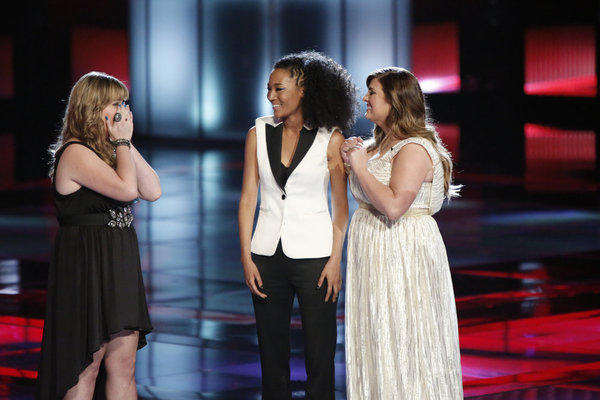 "Holly Tucker, Judith Hill and Sarah Simmons on ""The Voice"""