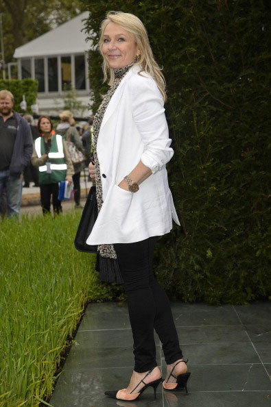 Helen Fielding attends the Chelsea Flower Show press and VIP preview day at Royal Hospital Chelsea on May 20, 2013 in London, England.
