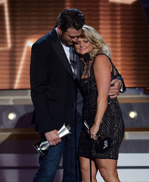 Singers and married couple Blake Shelton and Miranda Lambert, shown at April's Country Music Awards, are scheduled to perform at a fundraiser for Oklahoma tornado victims.