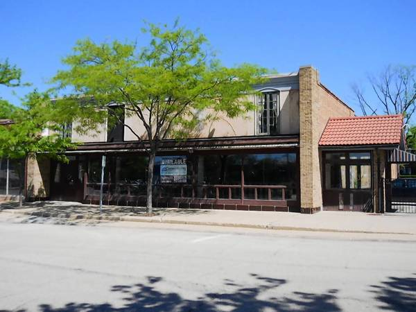 The Tap House Grill is heading to downtown Palatine at the site of the former Mia Cucina restaurant, a village-owned property at 56 W. Wilson St. that has been vacant for years.