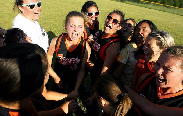 Rob Ostermaier/Daily Press Photo The Tabb High softball team celebrates getting the win over Smithfield 2-1 in the Region I tournament. The win gives Tabb a berth in the state tournament.