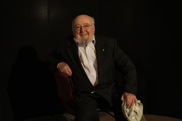 Author Thomas Keneally.