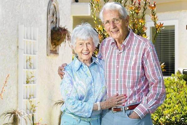 Jean, left, and her husband, Jim Coon, both 90, will participate in Sunday's Corona del Mar Scenic 5K.