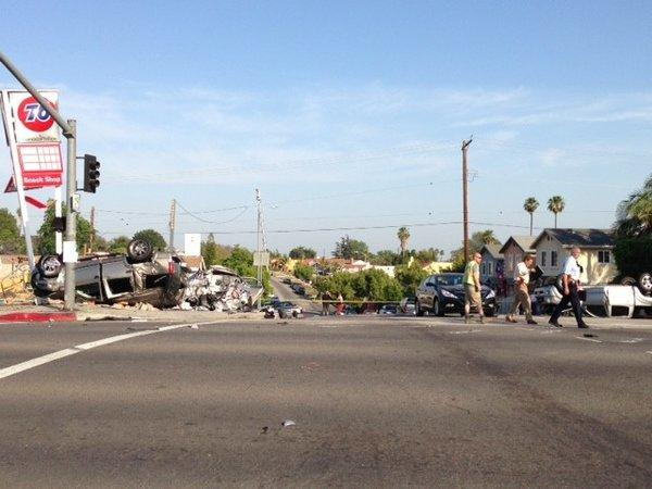 Crash scene in El Sereno (Ruben Vives/Los Angeles Times)