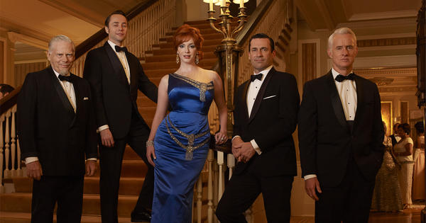 Bertram Cooper (Robert Morse), Pete Campbell (Vincent Kartheiser), Joan Harris (Christina Hendricks), Don Draper (Jon Hamm) and Roger Sterling (John Slattery) - Mad Men