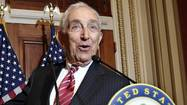 WASHINGTON — Sen. Frank R. Lautenberg of New Jersey, the last World War II veteran in the Senate and a stalwart Democrat who led congressional battles over three decades to toughen gun laws, ban smoking on planes and crack down on drunk driving, died Monday at age 89.