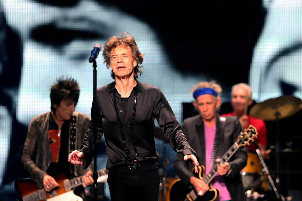 Mick Jagger and the Rolling Stones play the United Center in Chicago on Monday.