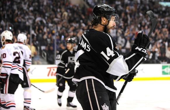 Kings' Justin Williams celebrates his goal against the Chicago Blackhawks in the first period of Game 3.
