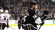 Kings go for broke and beat Blackhawks, 3-1