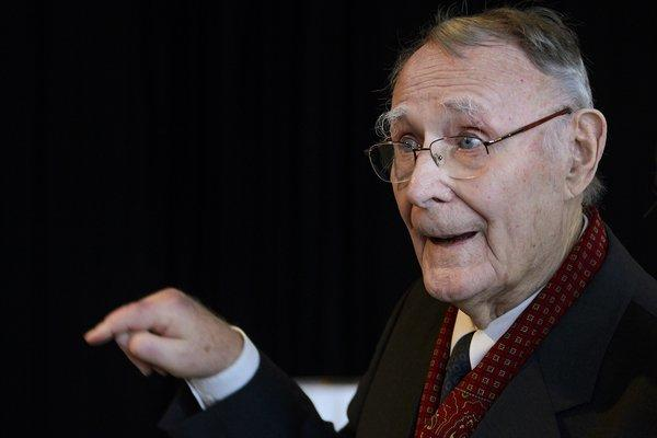 Ikea founder Ingvar Kamprad steps down from board