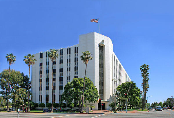 Farmers Insurance's existing headquarters at 4680 Wilshire Blvd. was completed in 1937. Its new one will be in Woodland Hills.