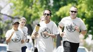 Glendale, Burbank police run for Special Olympics
