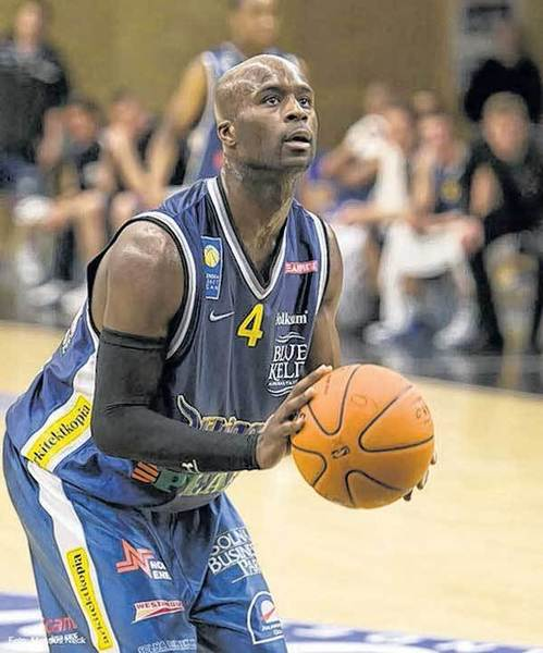 Former LaSalle and Purdue standout Brandon McKnight, shown in 2008 while playing for Solna in the Swedish League, will be playing professionally in Europe again next season.