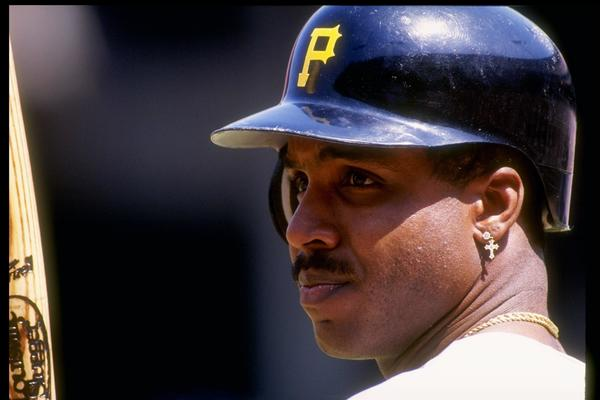23 Aug 1992: Left fielder Barry Bonds of the Pittsburgh Pirates stands in the batters box during a game against the San Francisco Giants at Candlestick Park in San Francisco, California. Mandatory Credit: Otto Greule /Allsport