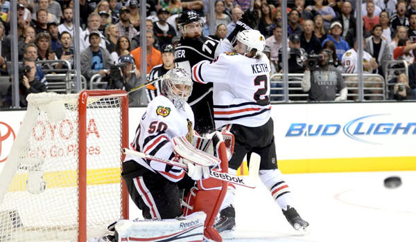 The Chicago Blackhawks will face the L.A. Kings in Game 4 of their Western Conference playoff series without the aid of player Duncan Keith. The defenseman was suspended for one game for hitting Jeff Carter in the mouth with his hockey stick.