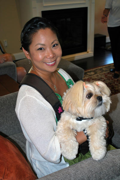 Former U.S. Army Staff Sgt. Sandra Lee and her therapy dog.