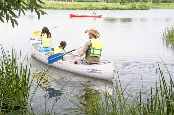 Canoe the lakes of the Chicago Botanic Garden in a special Father's Day event on June 15 and 16.