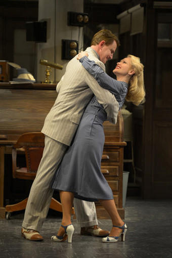 "Walter Burns (Douglas Sills) tries to win back his ex-wife/ top reporter, Hildy Johnson (Jenn Lyon) in John Guare's adaptation of ""His Girl Friday"" at the La Jolla Playhouse."