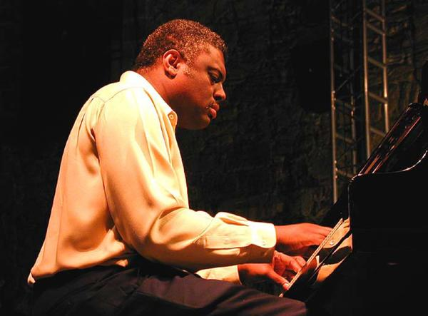 Pianist Mulgrew Miller made hundreds of recordings and worked with a series of imposing jazz leaders.