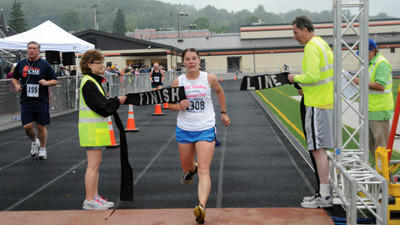 Sarah Strayer won her first Daily American 10K race Saturday.