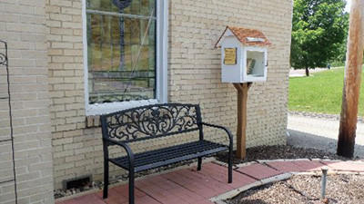 A new free library has been established at the Kantner United Methodist Church to give readers a chance to borrow a book, read it and return it, all at no charge.