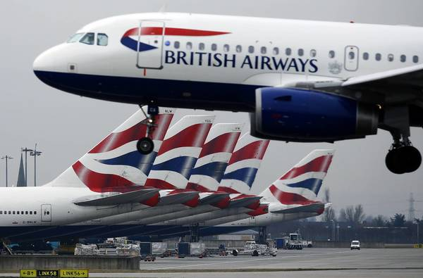 British Airways offers airfares with or without baggage fees.