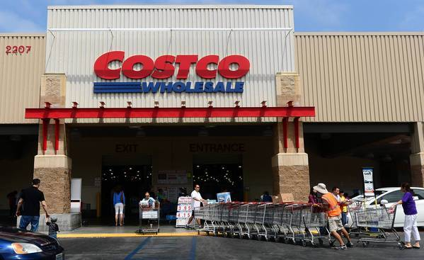 In a recent survey of generic-drug prices, Consumer Reports found that Costco consistently had lower prices than the leading pharmacy chains. Above, a Costco store in Alhambra.