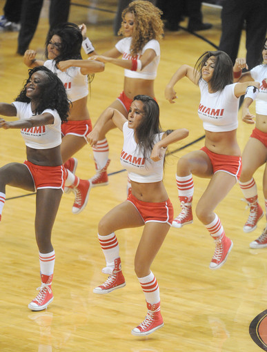 <b>Photos:</b> Miami Heat Dancers in action - Heat vs. Mavericks