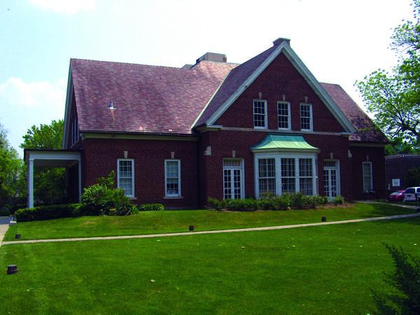 The Highland Park Community House.
