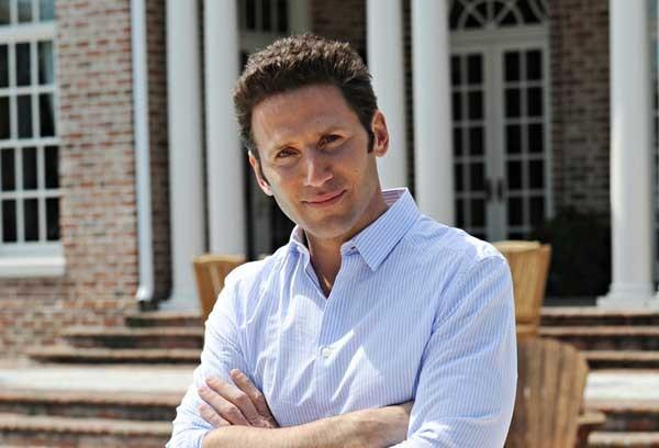 "The doctor is in when ""Royal Pains"" returns on USA. With Mark Feuerstein."