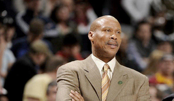The Clippers interviewed former Cleveland Cavaliers coach Byron Scott on Tuesday, according to several NBA executives who were not authorized to speak publicly on the matter.