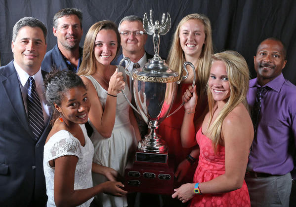 Dr. Phillips athletes and coaches hoist the Varsity Cup.