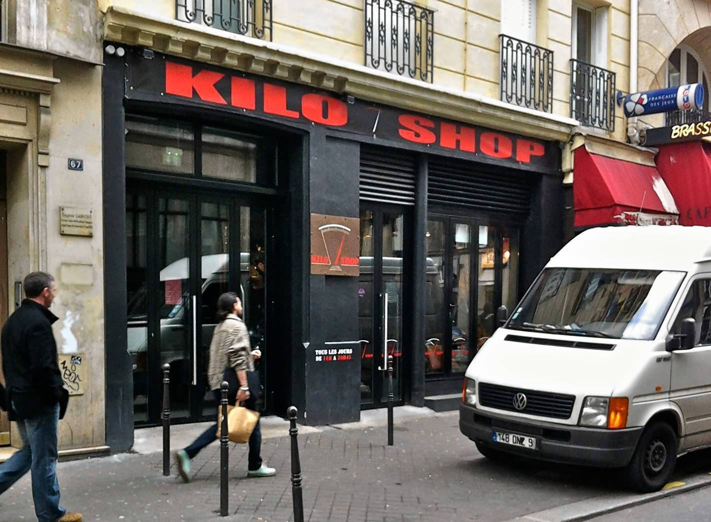 Parisians can pay for clothes by kilo
