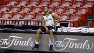 Spurs' Patty Mills won't throw in the towel on supporting role