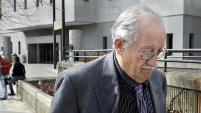 David Wilcox, 77, propietario de American Crushing and Recycling, la empresa de Bloomfield que puso un camin sin mantenimiento y sin seguro en la carretera de 29 de julio de 2005.