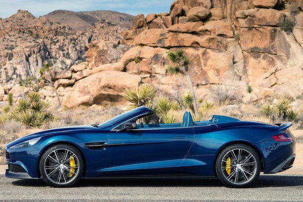 Aston Martin unveiled the Vanquish Volante, a convertible version of its all-carbon fiber Vanquish coupe. This convertible has a 6.0-liter V-12 making 565 horsepower and 457 pound-feet of torque.