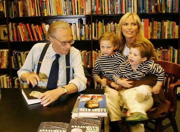 Larry King and family, 2003