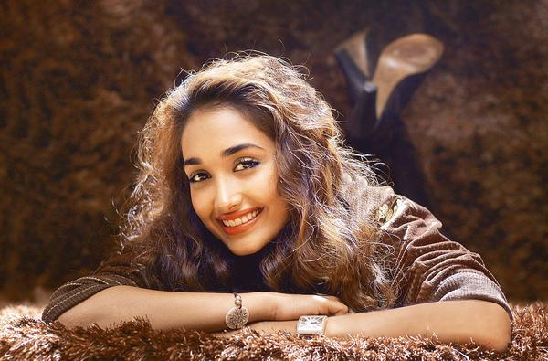 Bollywood actress Jiah Khan was found dead at her home in Mumbai in an apparent suicide. Khan was 25 years old.