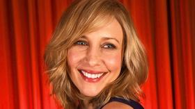 The Contenders: Vera Farmiga cozies up to 'Bates Motel'