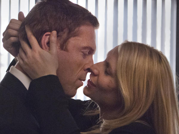 "Nicholas Brody (Damian Lewis)and Carrie Mathison (Claire Danes) get close in ""Homeland."""
