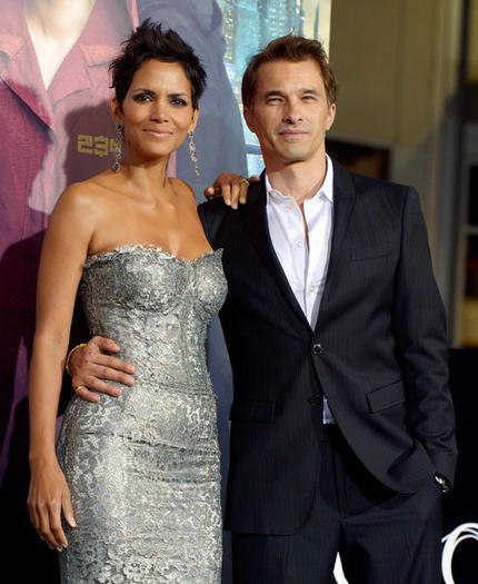Halle Berry and Olivier Martinez expecting baby boy
