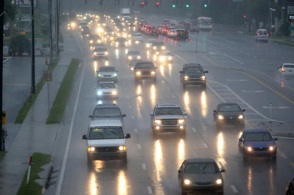 State Road 436 traffic fights early morning rain from tropical storm Andrea on June 6, 2013.