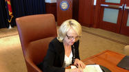 TUCSON — Arizona Gov. Jan Brewer won a battle with state lawmakers this week, defying most other conservatives in her party to get a key component of President Obama's Medicaid expansion through the Legislature.
