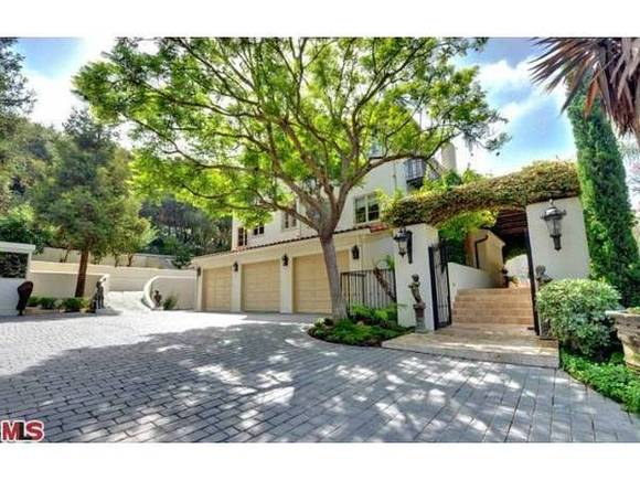 Denis Watson completes Pacific Palisades round
