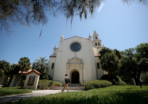 Knowles Memorial Chapel on Rollins College.